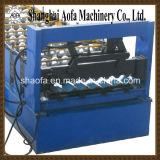 Telhar fazendo o rolo que dá forma à máquina (AF-D840/900)