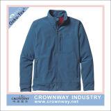 Куртка куртки раковины зимы людей мягкая теплая с воротом стойки
