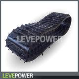 Piste en caoutchouc utilisée dans la grande chenille transportant le véhicule