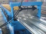 Plataforma de assoalho estocada do metal que faz a máquina