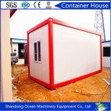 Aprontar o recipiente modular pré-fabricado feito da casa do bloco liso do painel de parede do sanduíche do edifício da construção de aço