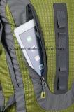 キャンプの防水荷物のリュックサックのバックパック袋をハイキングする屋外の大きい旅行