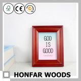Cornice di legno resa personale della decorazione da tavolino per il regalo di natale