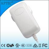 Enchufe estándar del adaptador de la CA con el certificado del estándar del Ce