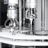 Máquina tampando da bomba automática diária dos produtos químicos