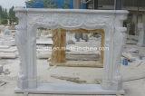 Cornija de lareira de mármore branca da chaminé do estilo tradicional da alta qualidade de China