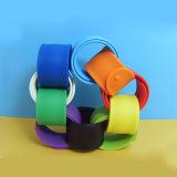Bracelete creativo colorido da batida do silicone para crianças