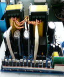 格子PVのパネルシステムLCD表示情報処理機能をもったMPPT 60AMPの太陽電池の充電器のコントローラ12V 24V 36V 48V 60Vを離れて