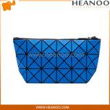 O triângulo de Bastic de prisma da bolsa do Tote das senhoras Baobao dá forma à embreagem da noite