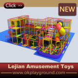 Cour de jeu d'intérieur d'enfants de plastique d'usine de la Chine (T1505-5)