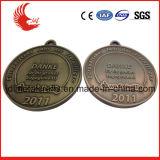 中国の製造業者による卸し売り金属のメダルそしてトロフィ
