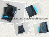 Bolsa negra de Microfiber con la escritura de la etiqueta tejida aduana para Eyewear