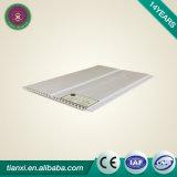 Panneau de plafond faux de fournisseurs de la Chine pour la salle de bains avec le modèle professionnel