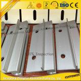 El perfil de aluminio del CNC del corte de la alta precisión con el CNC trabajó a máquina
