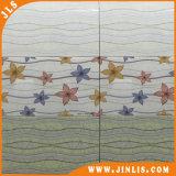 Azulejo de cerámica brillante de la frontera del suelo de la pared del cuarto de baño del verde del material de construcción