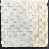 壁の装飾のための端正に不均等で白く自然な石造りのモザイク・タイル