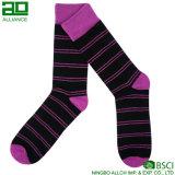 2017 neue Entwurfs-Baumwollgroßverkauf-Mann-Kleid-Socken