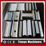 Formation en acier de roulis de bâti d'armature de toit faite à la machine en Chine
