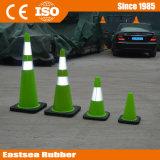 Cono de tráfico de camino verde lima reflectante de plástico PVC