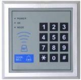 O smart card e o Tag de RFID estão o leitor sozinho com teclado Sac105