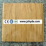 Teto do PVC e painel de parede de carimbo quentes de madeira (RN-104)