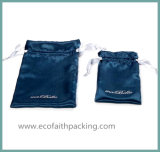Escuro - cetim relativo à promoção do saco da tela azul do cetim que anuncia o saco do presente