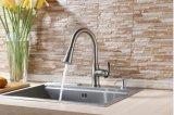 Санитарные изделия одобренное Cupc вытягивают вне Faucet раковины кухни