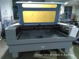 Machine de gravure acrylique en cuir en caoutchouc de papier de tissu de vêtement de découpage de laser
