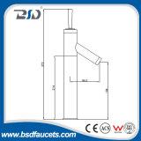 Entfalteter keramischer Kassetten-Messing Bain Hahn des Steuerknüppel-D35