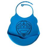 2016の安全容易な洗浄防水シリコーンの赤ん坊の胸当て