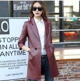 ヘイニングの本革の長いジャケットの女性の実質のヒツジの革コート