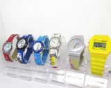 Relógio de pulso encantador do relógio de pulso do silicone do relógio das crianças baratas do OEM