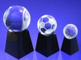 Kristallpreis-Kristalltrophäe mit Golfball-Fußball-Basketball-Tennis-Fußball