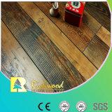 Geriebener Walnuss-V-Grooved lamellierter Fußboden der Werbungs-12.3mm Hand