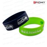 Form RFID imprägniern Silikon-Wristband/Armband