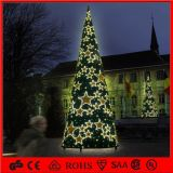 baisse en cristal d'approvisionnement de partie d'arbre de cône du festival LED de 2.5m pour la décoration d'arbre de Noël