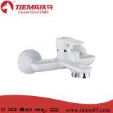 単一のレバーの真鍮の白いめっきされた浴槽の蛇口(ZS81001W)