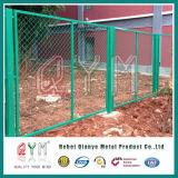 El panel de la cerca de la conexión de cadena/cerca del acoplamiento del diamante 50*50m m/cerca galvanizados del campo de fútbol