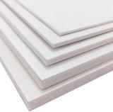 Белый и трудный лист пены PVC
