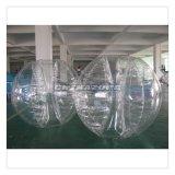 Tipo tradicional bola de parachoques inflable del ejercicio de las personas del claro