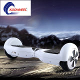 Koowheelscooter: De zelf Elektrische Autoped &Self die van het Saldo ElektroAutoped in evenwicht brengt