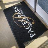 Kundenspezifischer Firmenzeichen-fördernder Gummi Belüftung-Polyester-im Freien willkommener Inneneingang kundenspezifische personifizierte Förderung gedruckte Fußmatte-Fußboden-Tür-Matten