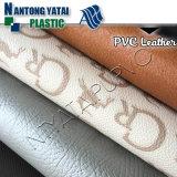 핸드백 소파 의자 수화물 실내 장식품을%s PVC에 의하여 돋을새김되는 합성 가죽