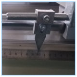 Porte de guichet en aluminium faisant des scies de découpage de machine