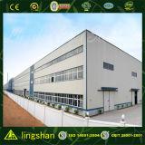 鉄骨構造の倉庫のデッサン