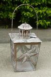 Antiwhiteカラーの装飾的な金属の庭のランタン