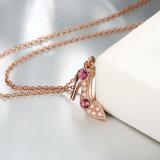 方法K金の靴の形の水晶ネックレスの模造真珠のネックレス