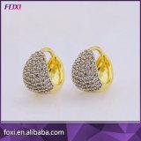 Оптовым серьги Huggie Zirconia женщин покрынные золотом кубические