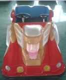A bateria vermelha de King Kong brinca o carro (LB17-R)