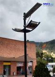 18W LEDの1つのデザイン(SNSTY-218)のすべての太陽街灯